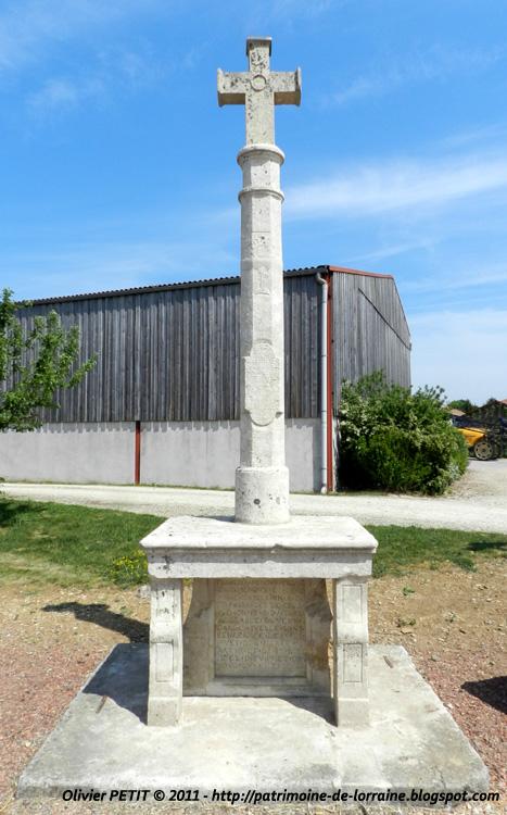 BARISEY-AU-PLAIN (54) - La Croix Menoux