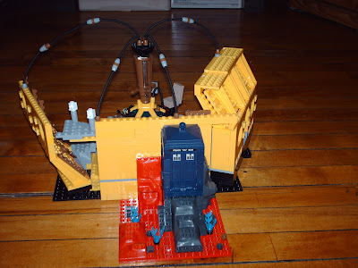 building toy compatible with Lego blocks