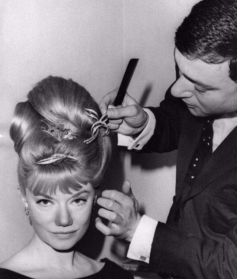 Vidal Sassoons Most Iconic Haircuts In The 1960s Vintage Everyday