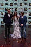 Raveena Tandon, Arshad Warsi and Boman Irani at the Launch Of New Show Sabse Bada Kalakar (2).JPG