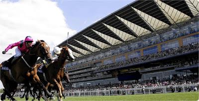 Horse Racing at Ascot