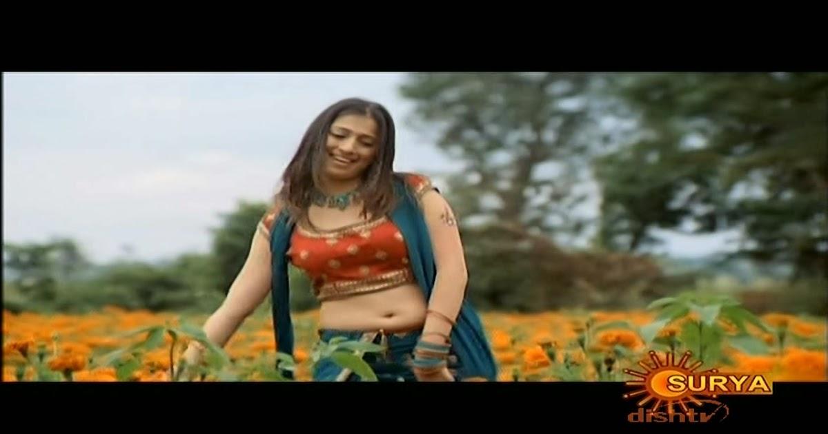 actress rare collections: Lakshmi Rai hot NaVeL show