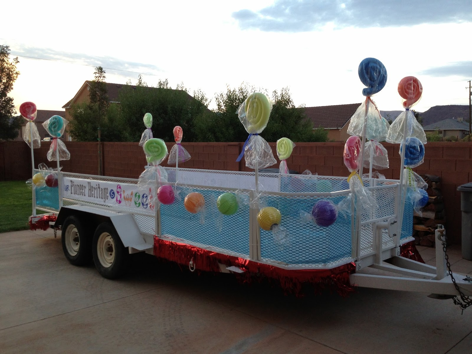 easy christmas parade float decorations