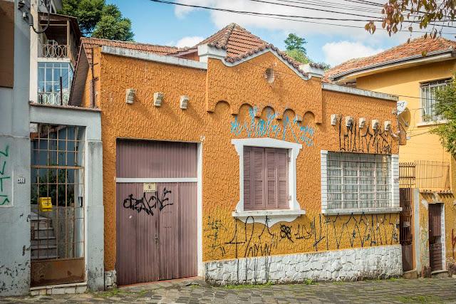 Outra casa bacana na Clotário Portugal