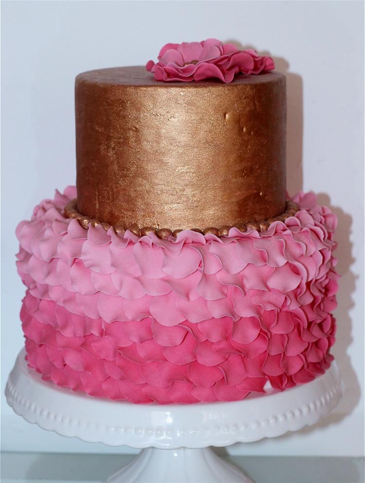 DIY/Tutorial Petal Cake/Blütentorte/Torte mit Blütenblättern 3