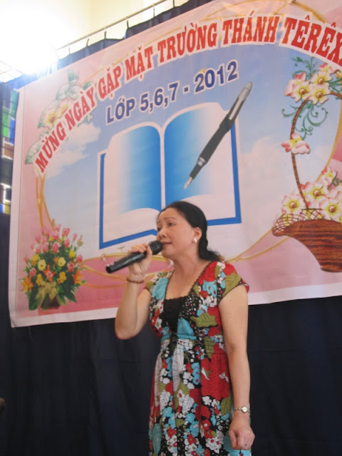 Hình ảnh họp mặt lớp 5,6,7-75 Terexa Kontum 2012
