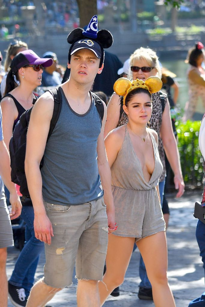 Ariel Winter bares cleavage in Disneyland