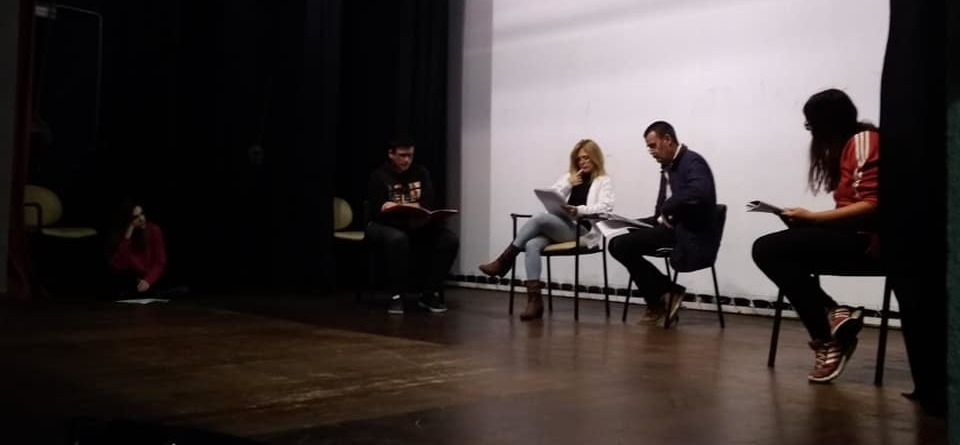 """El Traspunte Teatro presenta """"Tres esqueletos y medio"""""""