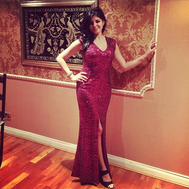 indian-instagram-girl-in-full-beautiful-dress