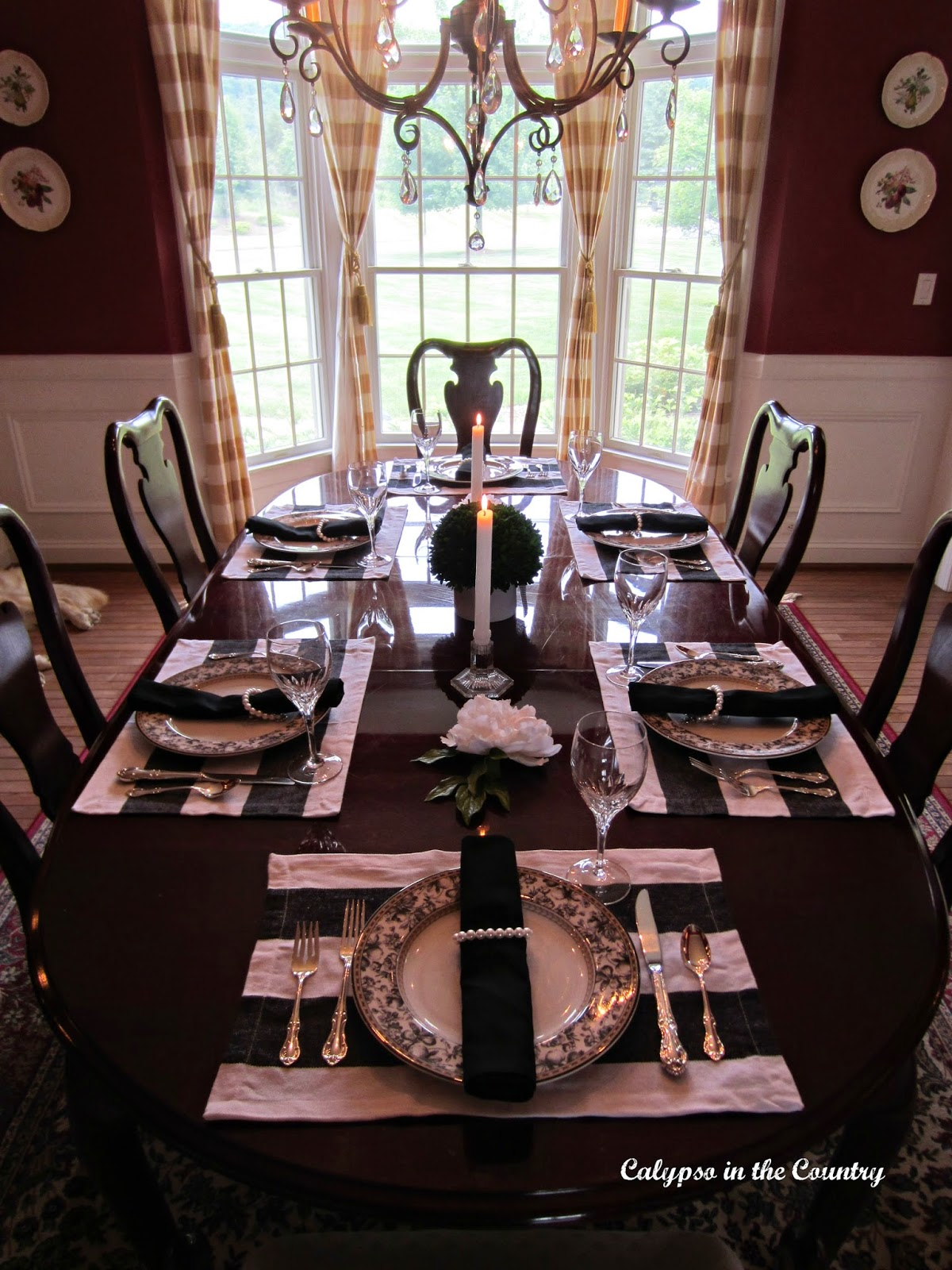 Black and White Table Setting - Jackie Kennedy Style