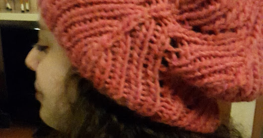 FRAGOLA COWL AND HAT