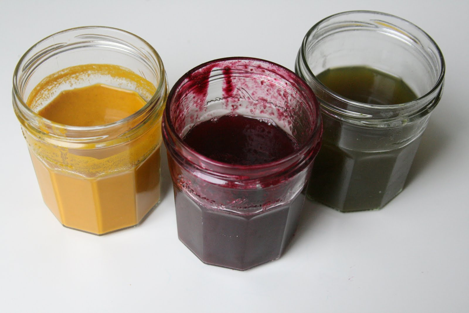 Making Natural Dyes For Painting