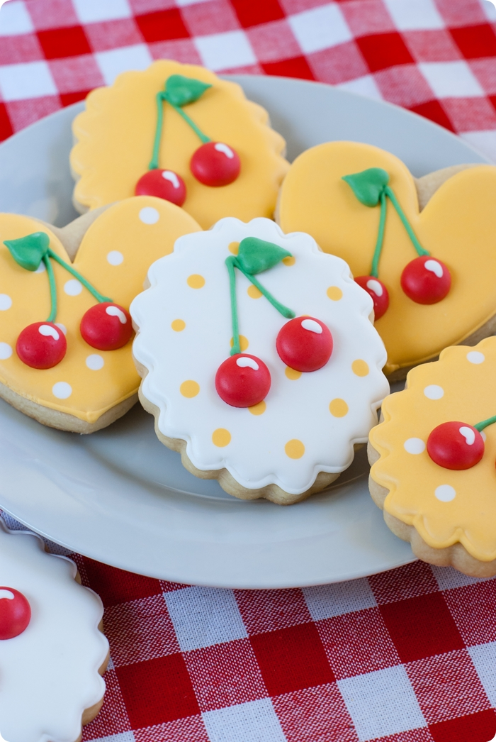 Cherries decorated cookies | bakeat350.net