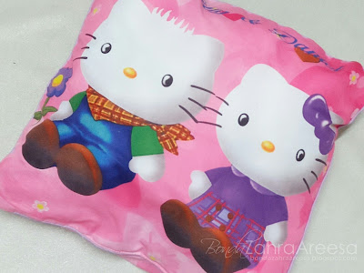 Bantal hello kitty, peminat hello kitty