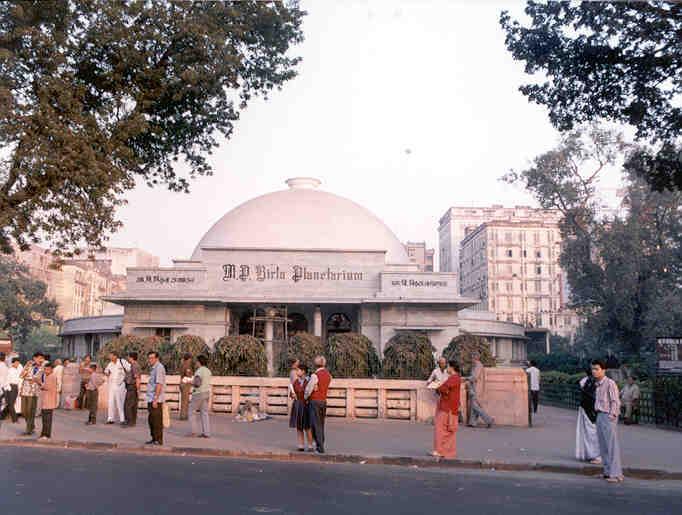 Travel To Kolkata For These 3 Hidden Gems
