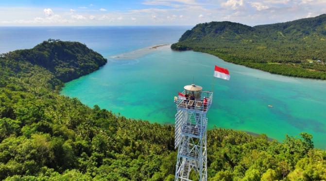 6 Keindahan Tempat Wisata Di Jailolo Maluku Utara Yang Memukau Coretanzone