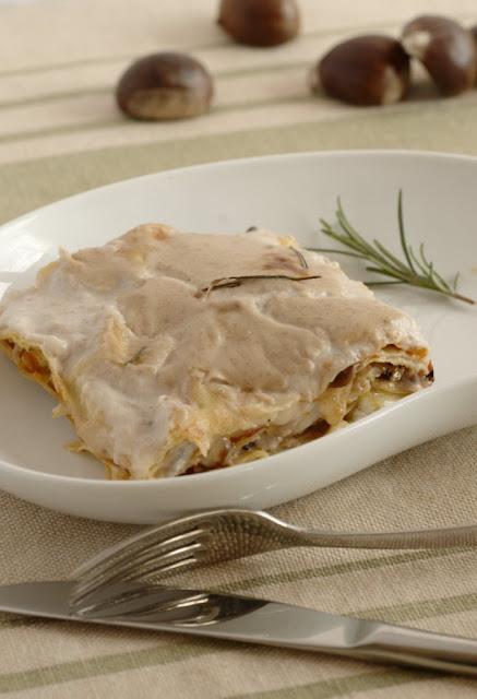 Lasagne con castagne, chiodini e rosmarino