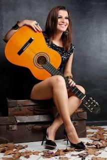West Shopping apresenta show da cantora Jéssica Campos