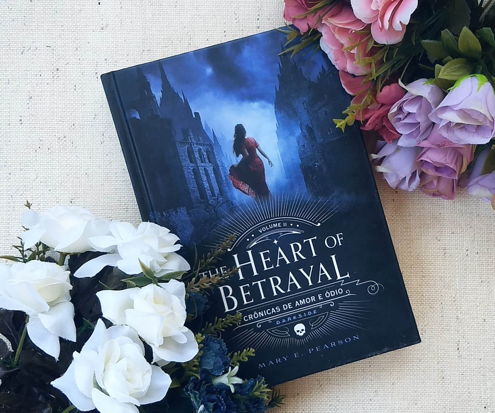 Resenha The Heart Of Betrayal