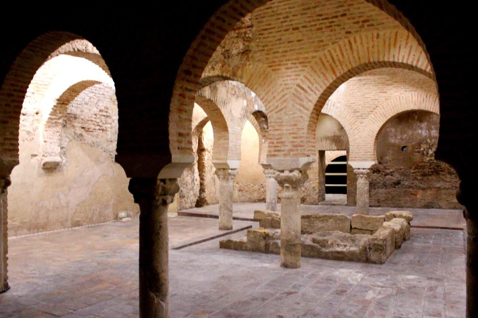 Sala templada de los baños árabes de Jáen
