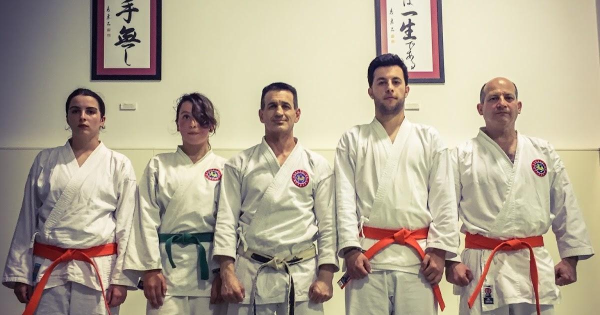 Karate do herbert ex menes de grado y nuevo kuro obi for O2 piscina sevilla