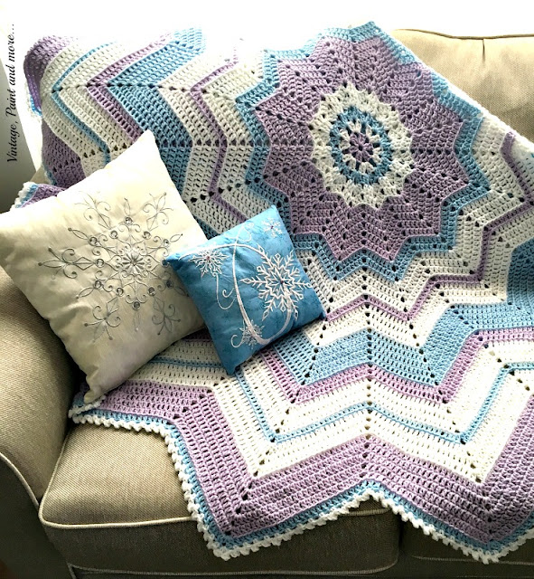"""Frozen"" inspired crochet afghan and glam pillows"