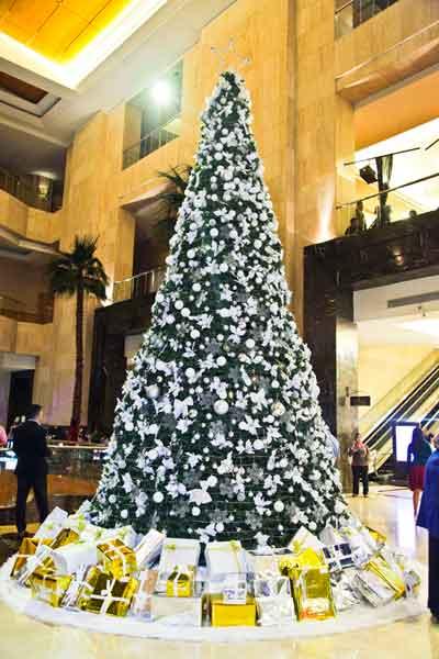 Hotel di Jakarta Selatan - Ritz Carlton Mega Kuningan