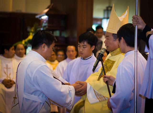 Lễ truyền chức Phó tế và Linh mục tại Giáo phận Lạng Sơn Cao Bằng 27.12.2017 - Ảnh minh hoạ 134