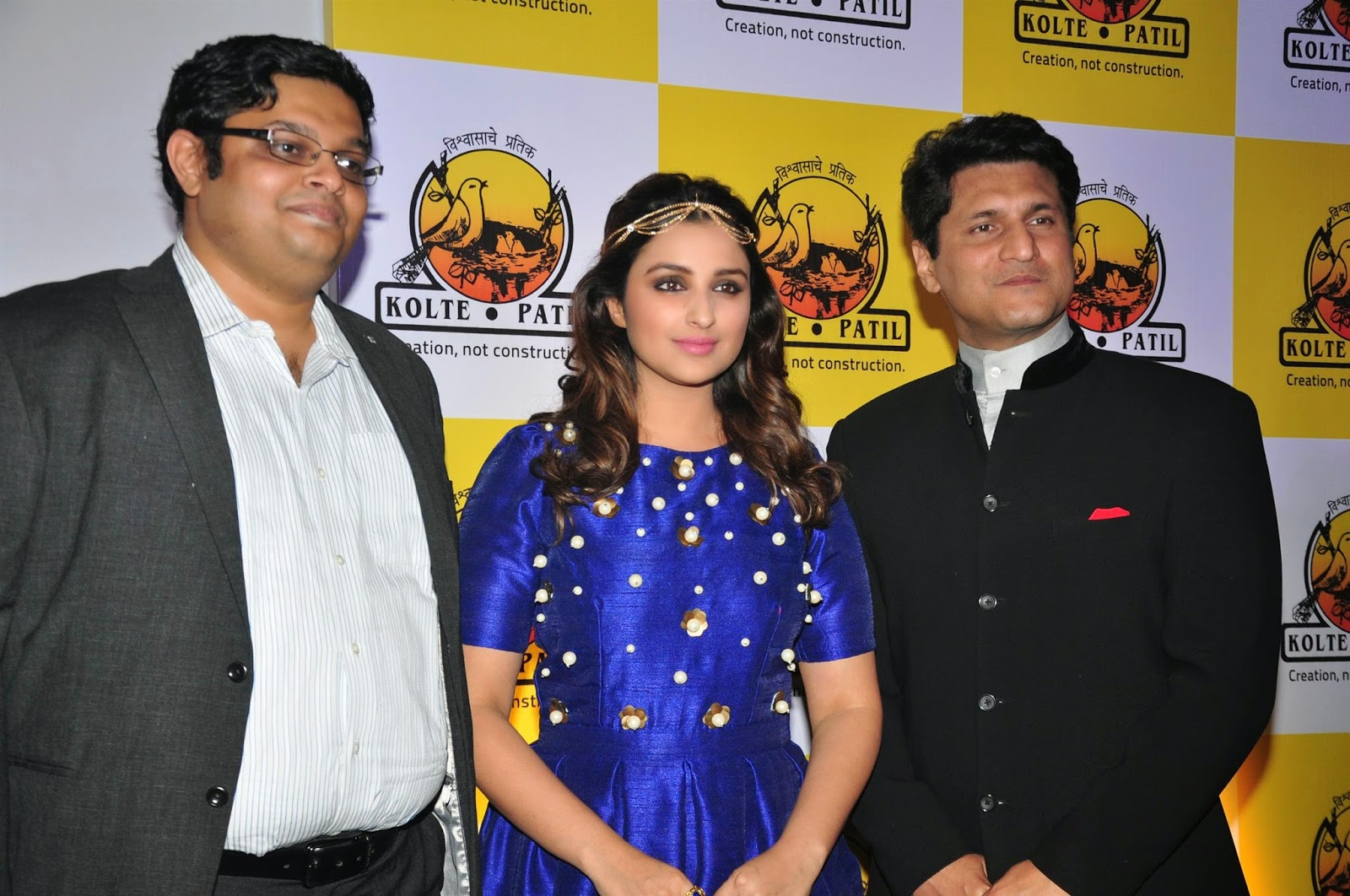 Gorgeous Parineeti Chopra at KPDL Mobile App launch event