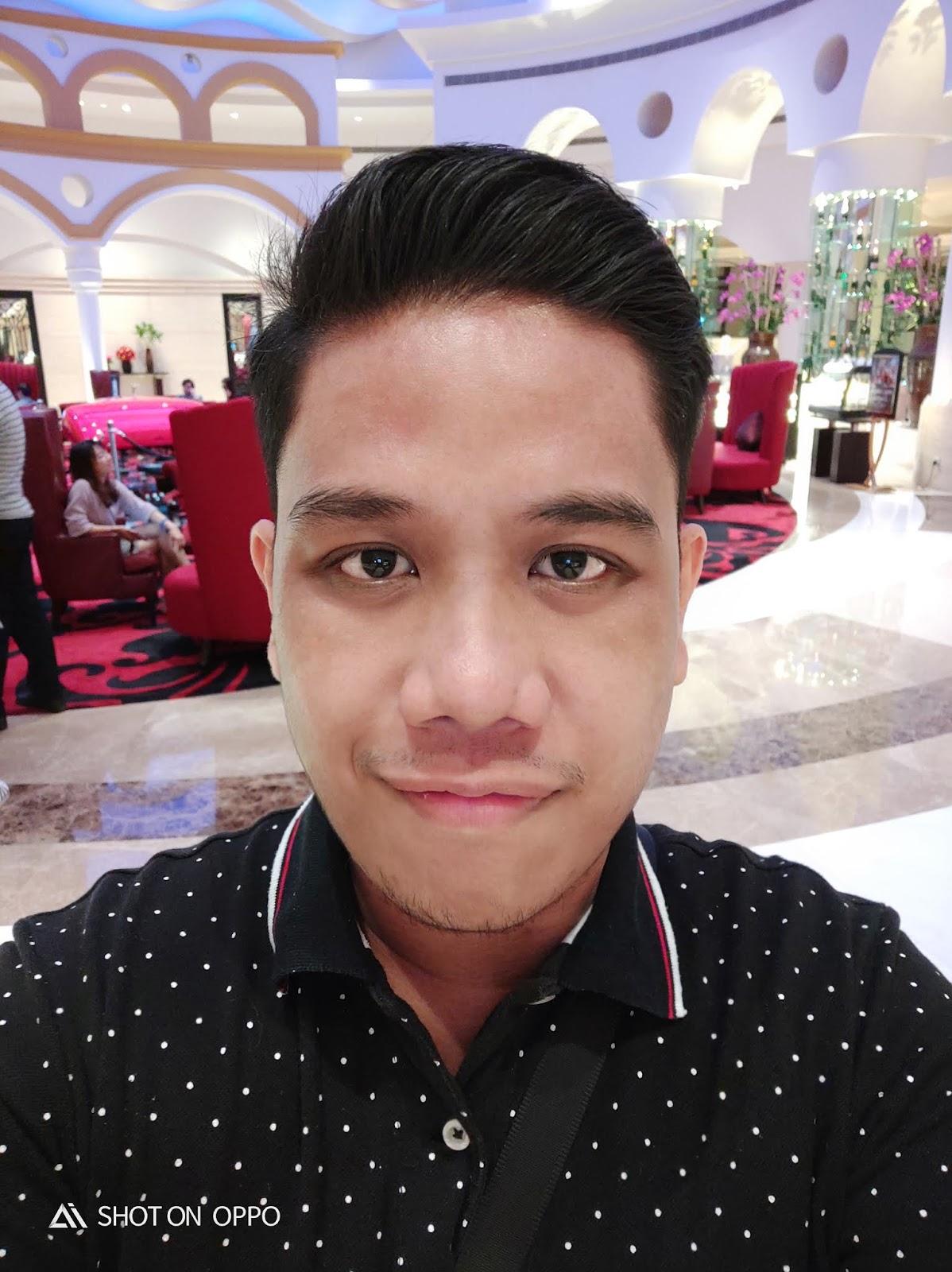 OPPO R17 Pro Selfie