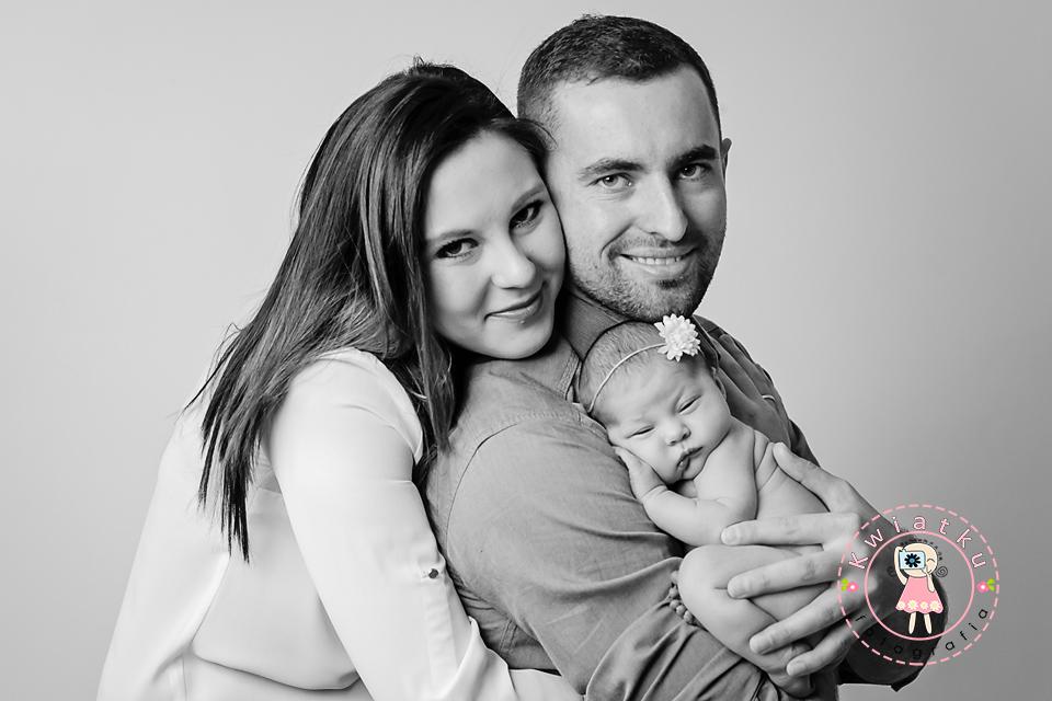 Sesja rodzinna, nowonarodzone dziecko, zdjęcia razem
