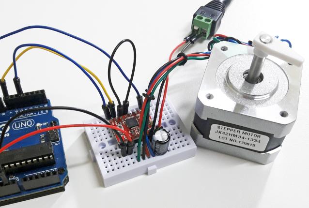 Arduino com driver A4988 e motor de passo Nema 17