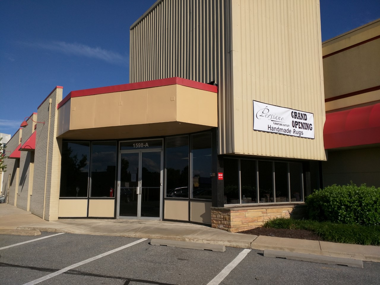 Rockville Nights Persiano Furniture Outlet Opens On Rockville Pike Photos