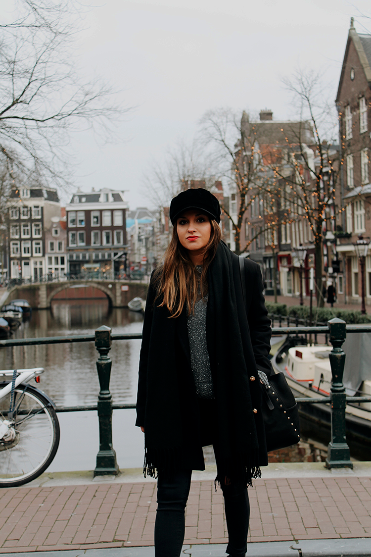 outfit total black amsterdam