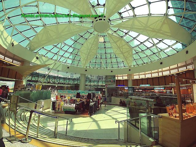 Atrium, Fu Tung Plaza, Tung Chung, Hong Kong