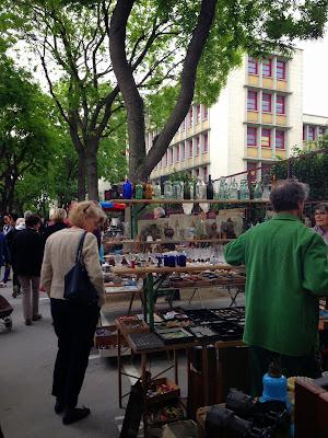 Flea market Porte de Vanves, Paris