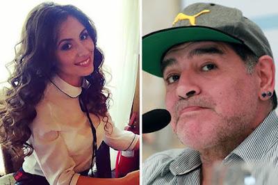 Maradona bị tố cáo dụ dỗ lột đồ phóng viên tại phòng viên
