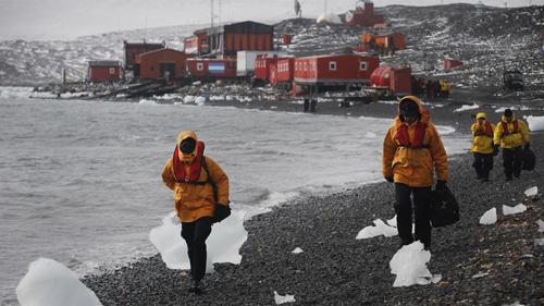 base antártica argentina Carlini y el personal
