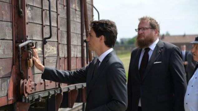 En Auschwitz, Trudeau de Canadá rinde homenaje a las víctimas