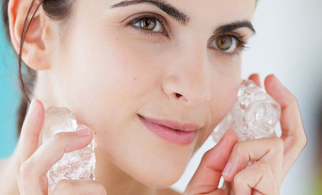10 Manfaat Es Batu untuk Kecantikan Yang Jarang Orang Ketahui - Blog Jiplak Kata