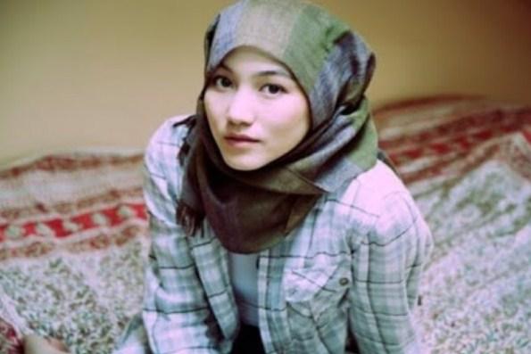 Kisah Relijius Hana Tajima, Wanita Atheis Berdarah Jepang yang Memilih Islam