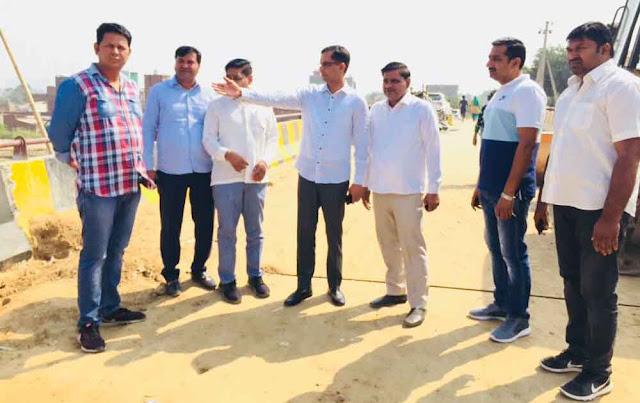 बसंतपुर पुस्ता पर पुल, 2.5 करोड़ की लागत से बनने वाले पुल का देवेंद्र चौधरी ने किया निरीक्षण