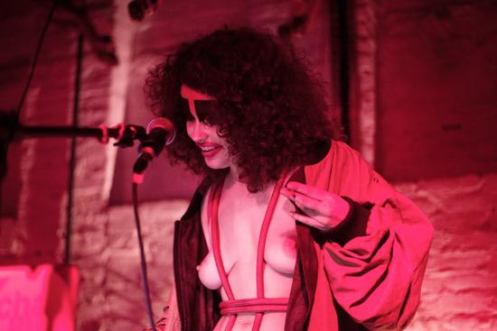 Angela Carneosso e a Peste! @ Kino Beat por Vitória Proença