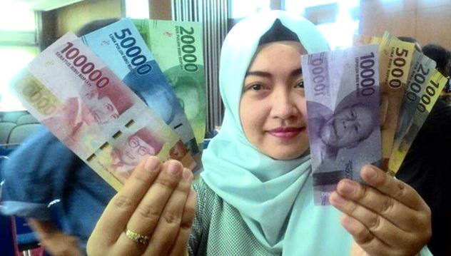 Bolehkah Istri Merahasiakan Gajinya Kepada Suami?