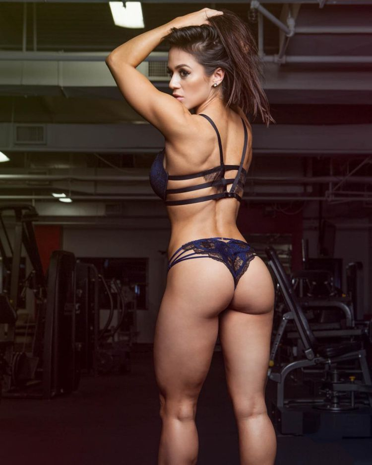 Brittany Coutu fitness model