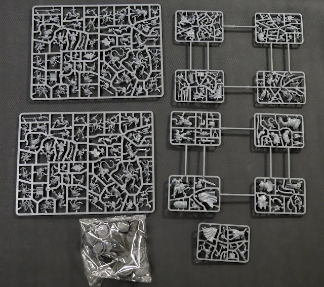 Games Workshop: Warhammer Quest - Silver Tower Miniature Boardgame Content