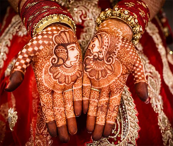 Simple Mehndi Designs: 24 Beautiful Mehendi Designs For Your Hands