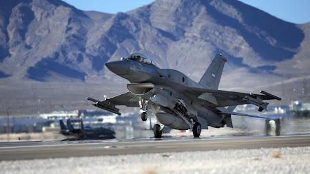 F-16 Takeoff 1920x1080 HD
