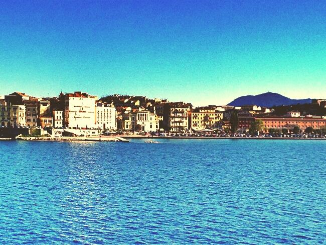 Corfu town port