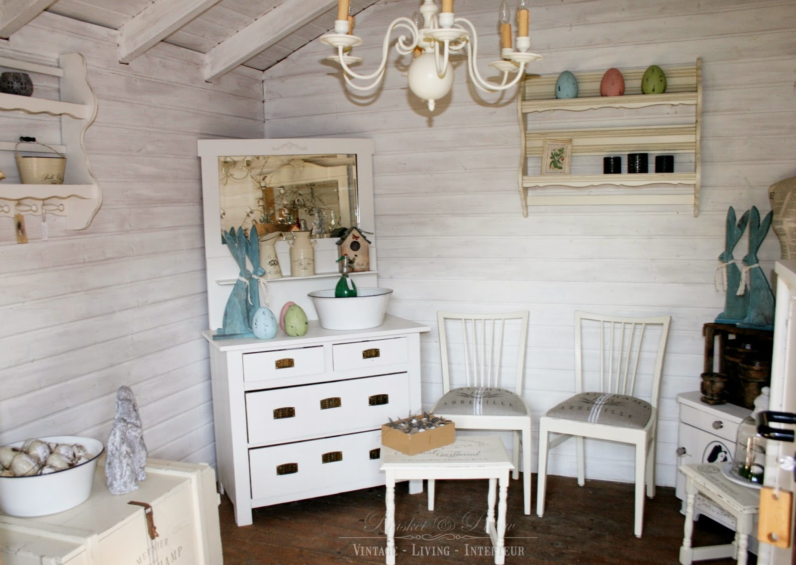 basket pillow quer durch das gartenh uschen. Black Bedroom Furniture Sets. Home Design Ideas